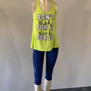 $28‼️Victoria's Secret blue cropped leggings sizeM